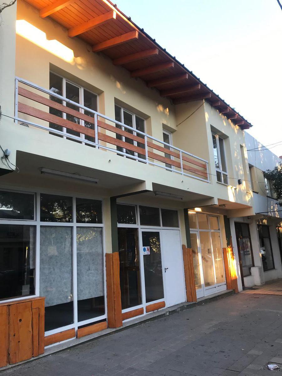 Foto Departamento en Alquiler en  Esquel,  Futaleufu  San Martin al 900