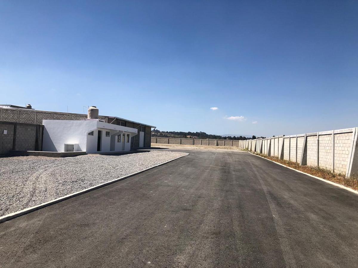 Foto Bodega Industrial en Venta en  San Felipe Tlalmimilolpan,  Toluca  BODEGA EN VENTA