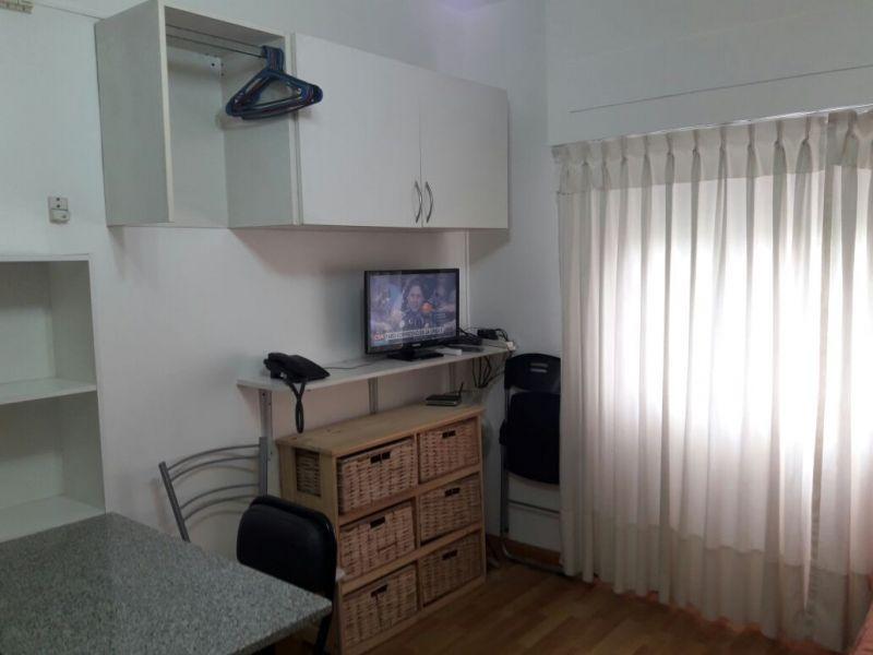 Foto Departamento en Alquiler temporario en  Constitución ,  Capital Federal  HUMBERTO PRIMO 1100 1°
