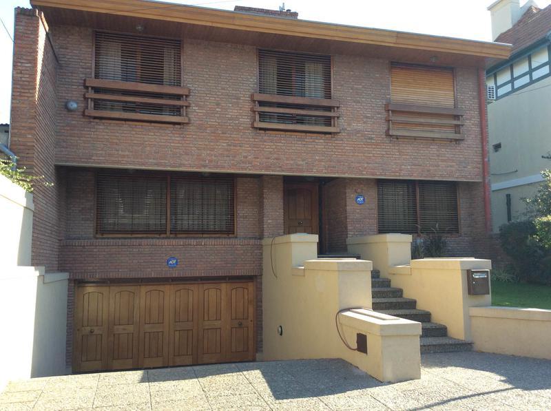 Foto Casa en Venta en  Temperley,  Lomas De Zamora  Espora Entre Lavalle y Gral Paz Pleno Barrio Ingles