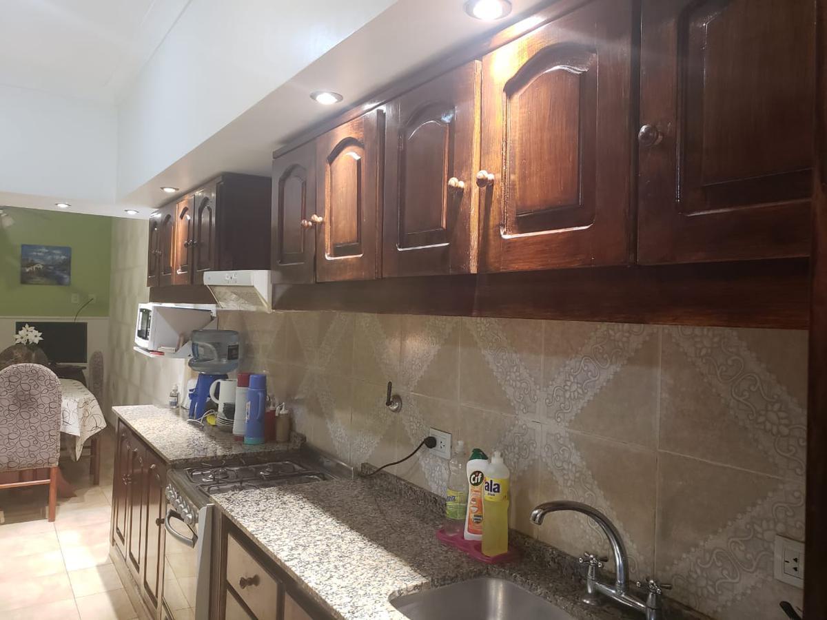 Foto Casa en Venta en  Capital ,  Tucumán  Venezuela al 4500