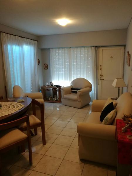 Foto Casa en Venta en  Capital ,  Neuquen  RIVADAVIA Y VILLEGAS