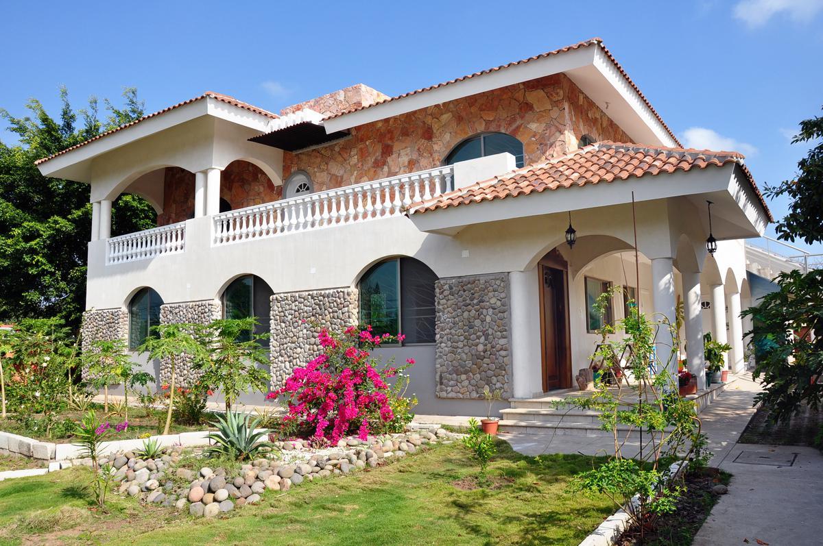 Foto Casa en Venta en  Medellín ,  Veracruz  El tejar, Medellin, Veracruz - Casa en venta
