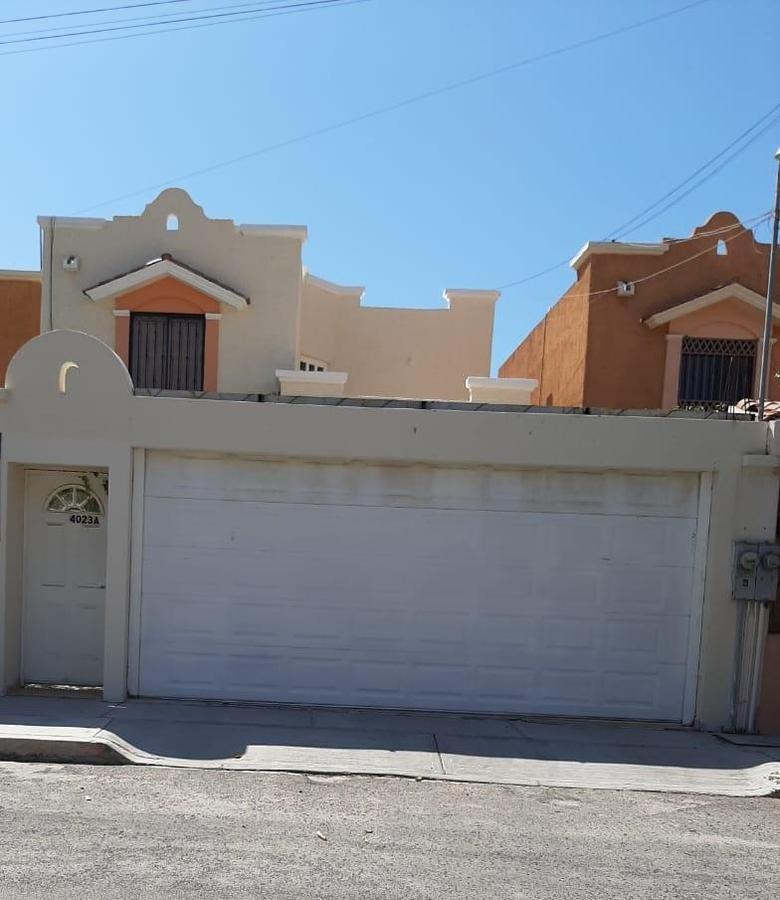 Foto Casa en Venta en  Azaleas,  La Paz  Azaleas