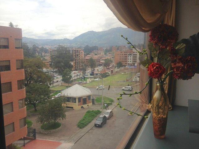 Foto Departamento en Venta en  Centro de Cuenca,  Cuenca  Edificios La Cuadra