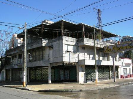 Foto Local en Venta en  Esc.-Centro,  Belen De Escobar  Travi e Hipólito Irigoyen