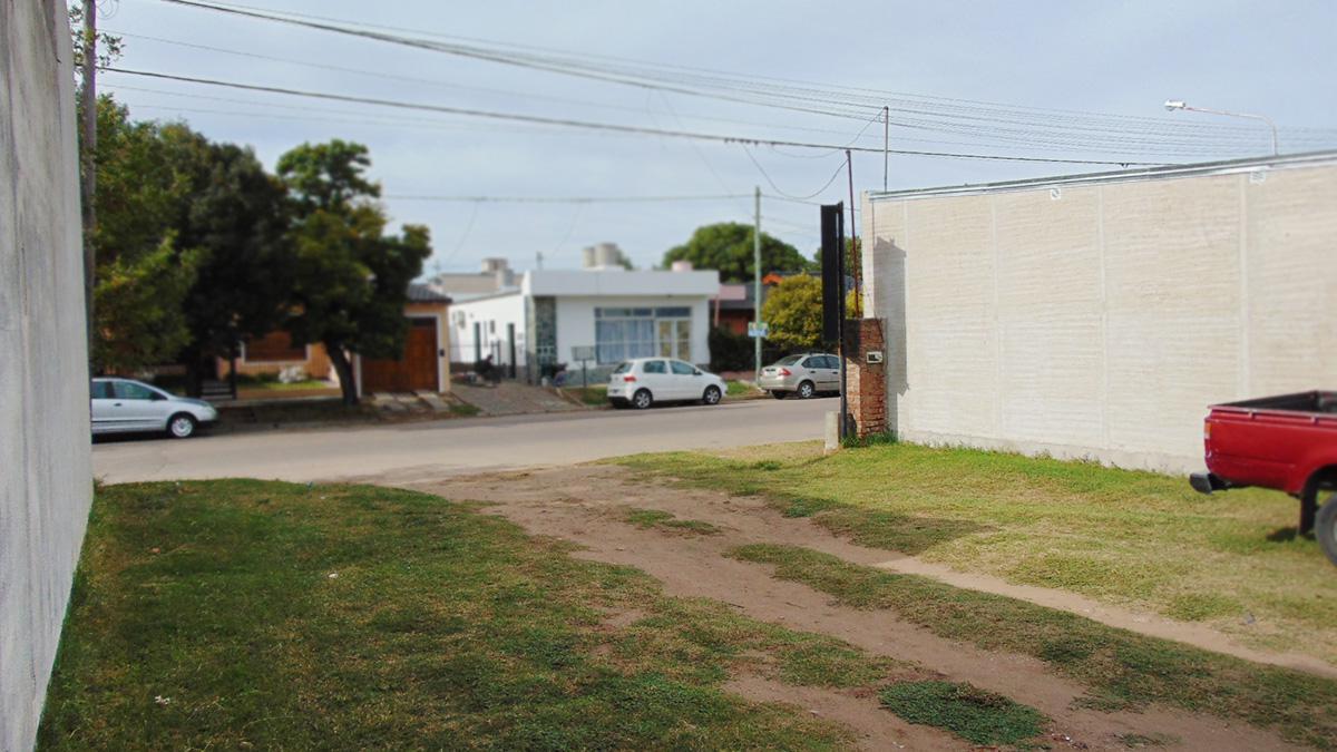 Foto Depósito en Venta en  General Pico,  Maraco  3 e/ 102 y 104