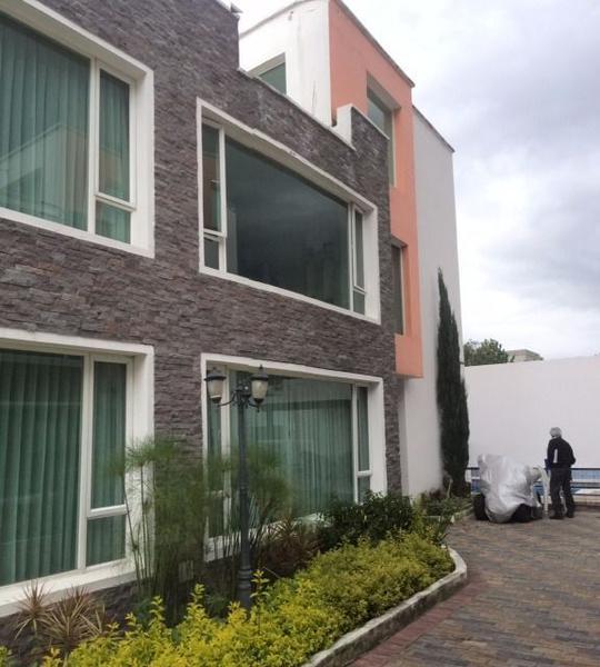 Foto Casa en Venta | Alquiler en  Tumbaco,  Quito  Oportunidad casa de  renta, conjunto de 4 casas , Tumbaco.