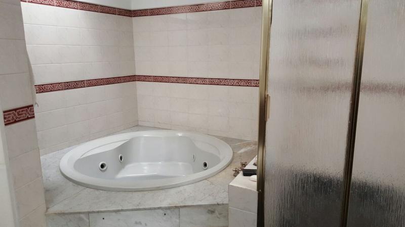 Foto Casa en Venta en  Villa Luro ,  Capital Federal  Zelada al 5400 Casa 5 ambs con fondo y quincho