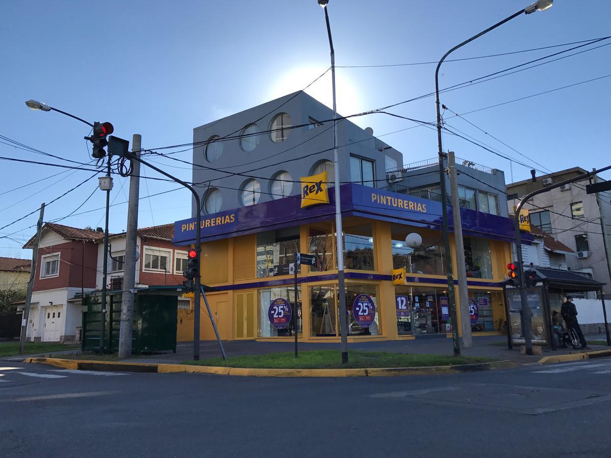 Foto Local en Venta en  Martinez,  San Isidro  Av. del Libertador al 12900