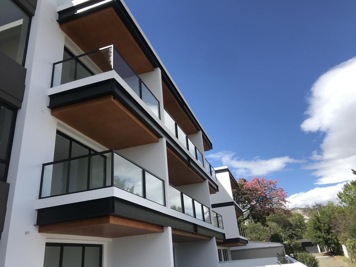 Foto Departamento en Venta en  Cumbayá,  Quito  Sector La Viña