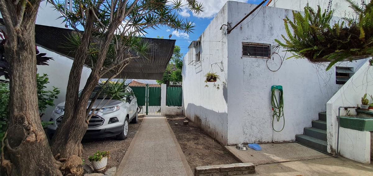 Foto Casa en Venta en  Villa Martelli,  Vicente Lopez  Zufriategui al 3700