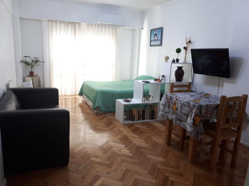 Foto Departamento en Alquiler temporario en  Almagro ,  Capital Federal  Av. Corrientes al 4500