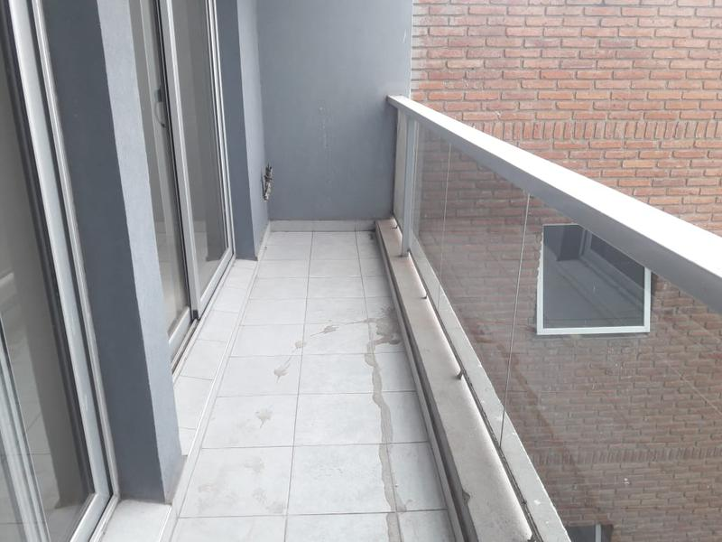 Foto Departamento en Alquiler en  Centro,  Cordoba  Duarte Quiros 670 - Zona Tribunales! Apto oficina!