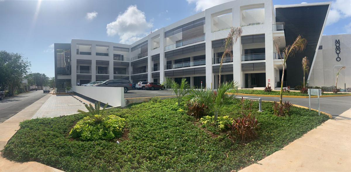 Foto Local en Renta en  Alamos II,  Cancún  LOCALES COMERCIALES EN RENTA EN CANCUN EN PLAZA OSSIS EN AVENIDA HUAYACÁN
