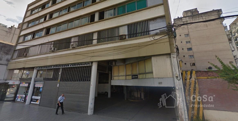 Foto Cochera en Venta en  Rosario ,  Santa Fe  Maipu 877