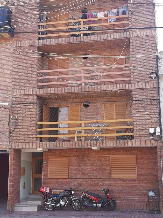 Foto Departamento en Venta en  Alberdi,  Cordoba  Santa Rosa al 1600