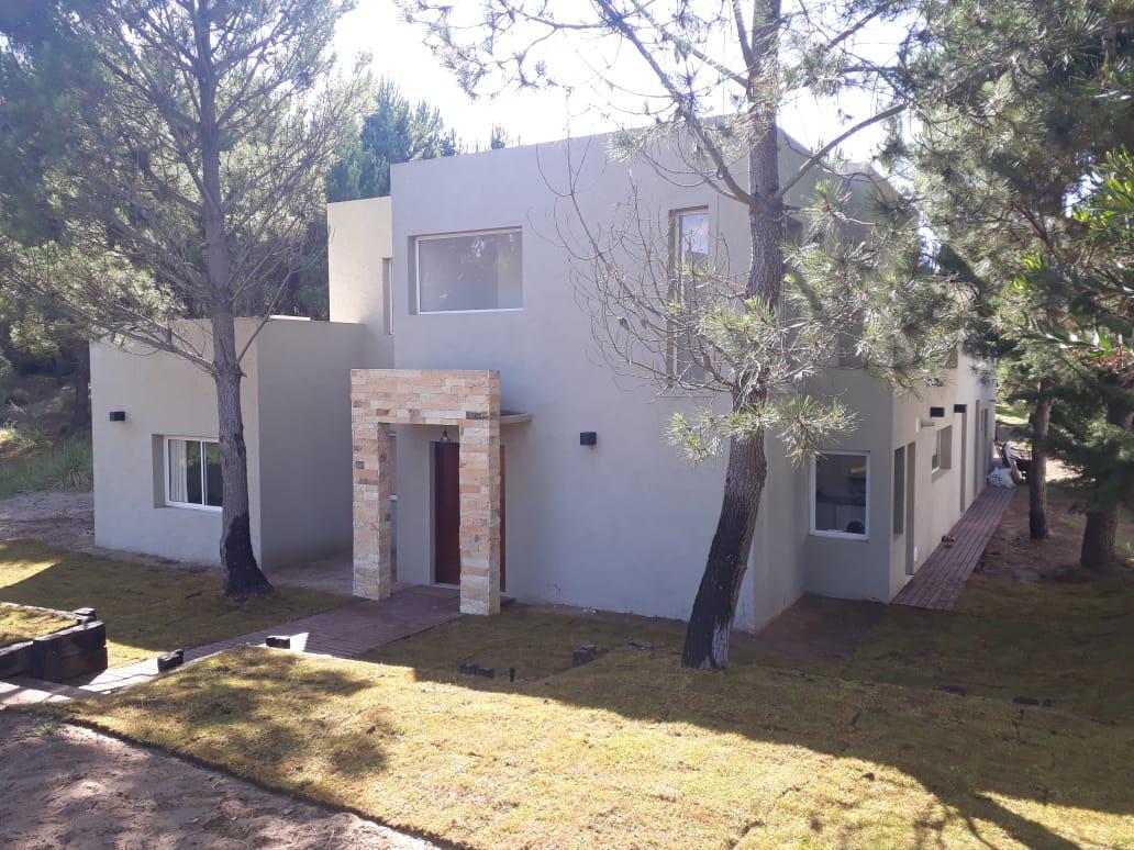 Foto Casa en Alquiler temporario en  Costa Esmeralda,  Punta Medanos  Residencial I al 283