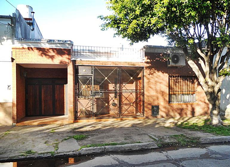 Foto Casa en Venta en  Carapachay,  Vicente Lopez  Posadas al 3500