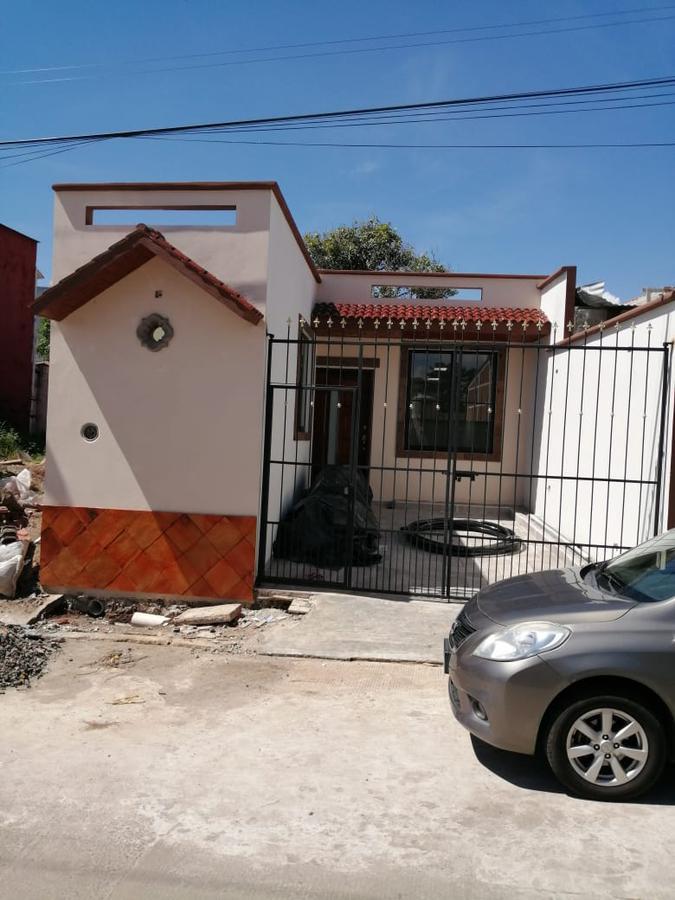 Foto Casa en Venta en  Campo Viejo,  Coatepec  BONITA Y NUEVA EN VENTA, CASA DE 1 PLANTA EN COL. CAMPO VIEJO, COATEPEC, VER.