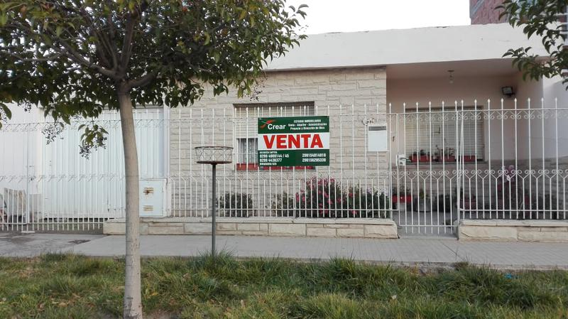 Foto Casa en Venta en  Capital ,  Neuquen  MITRE al 1500