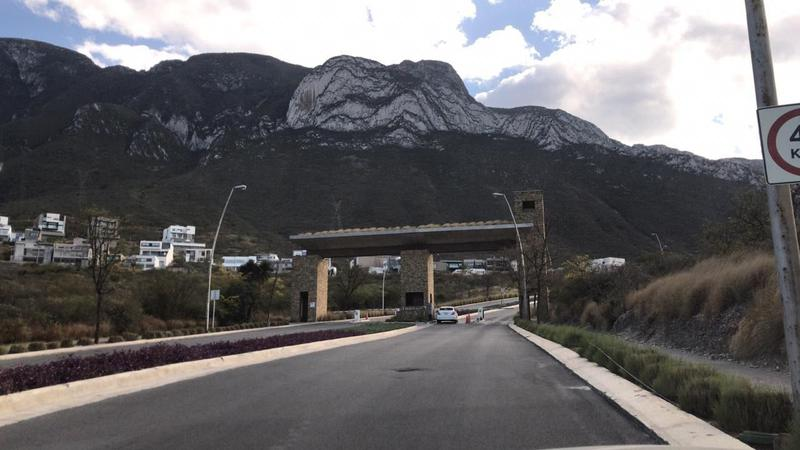 Foto Terreno en Venta en  Residencial Cordillera,  Santa Catarina  TERRENO EN VENTA VALLE PONIENTE CORDILLERA RESIDENCIAL SANTA CATARINA N.L. $9,300,000
