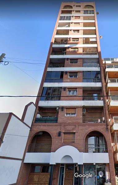 Foto Departamento en Venta en  Lomas De Zamora ,  G.B.A. Zona Sur  LAPRIDA 732