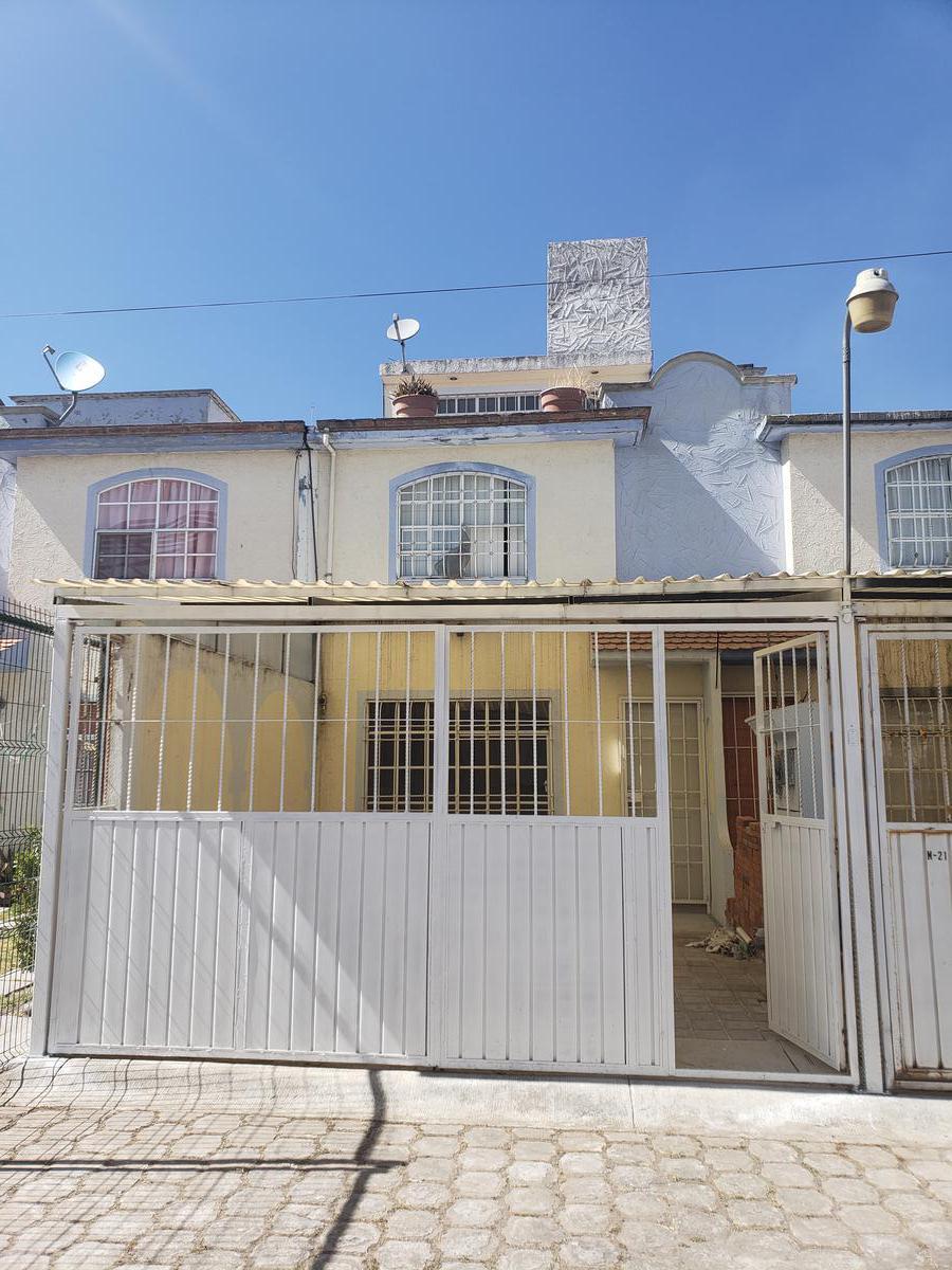 Foto Casa en Venta en  Los Sauces III,  Los Sauces I  HACIENDA DE ACAMBAY