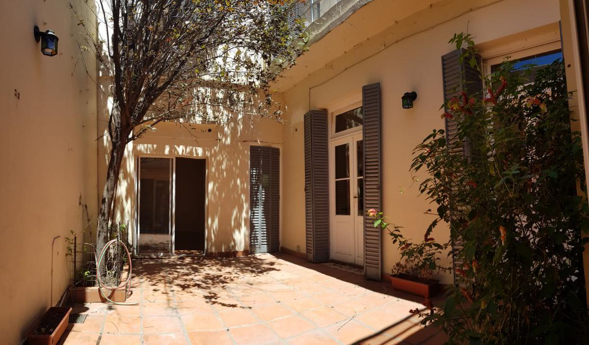 Foto PH en Alquiler en  Caballito ,  Capital Federal  Aranguren al 300