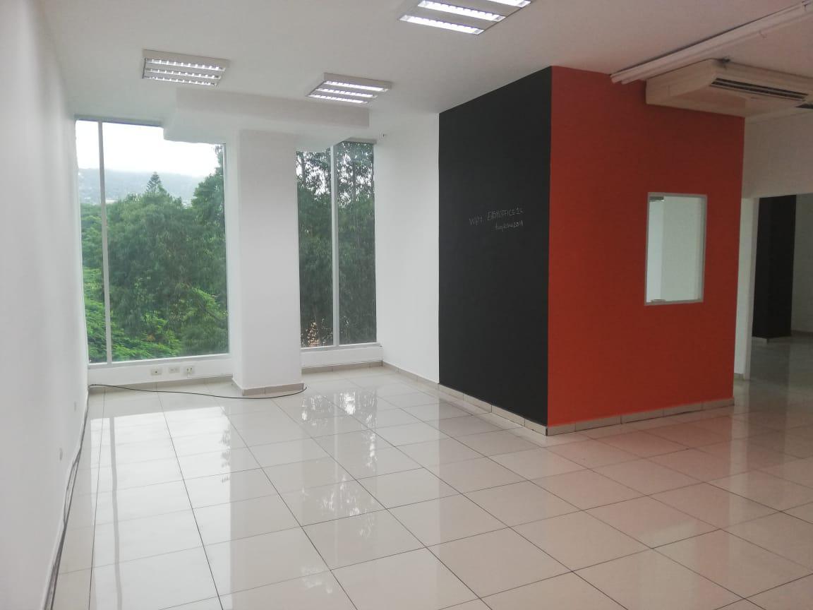 Foto Oficina en Renta en  San Carlos,  Tegucigalpa  Local de Oficinas en Renta Col. San Carlos