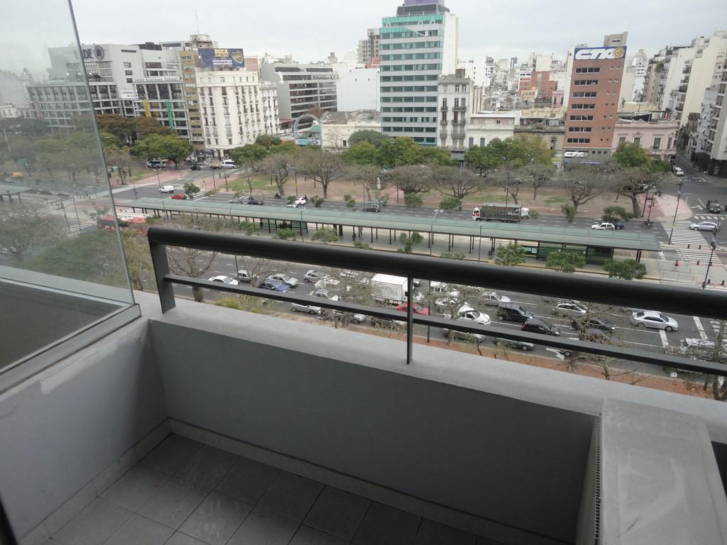 Foto Departamento en Venta en  San Telmo ,  Capital Federal  Bernardo de Irigoyen esquina Mejico, Edificio Facultad 7