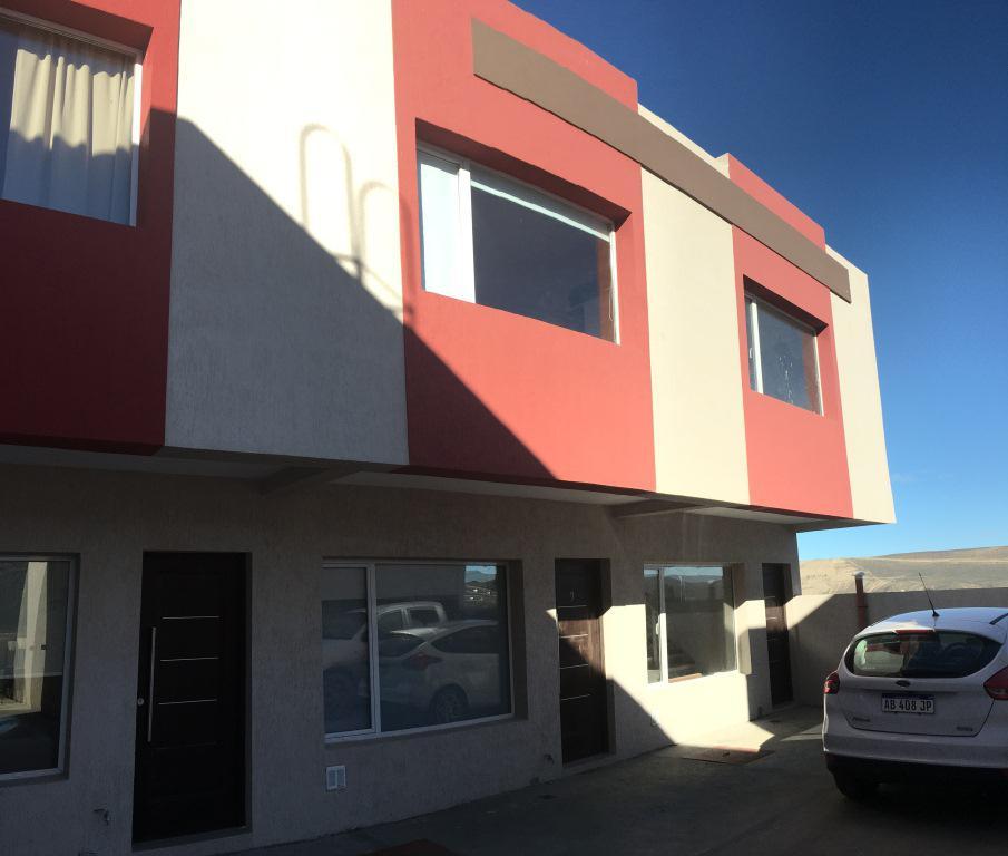 Foto Casa en Venta en  Rada Tilly,  Escalante  Duplex 2 Domrs en Rada Tilly a Estrenar - Marcelino Terraza al 2300
