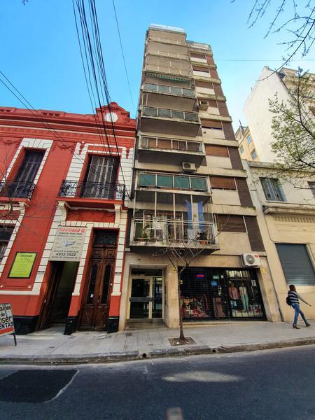 Foto Departamento en Alquiler en  Balvanera ,  Capital Federal  H. Yrigoyen al 2500