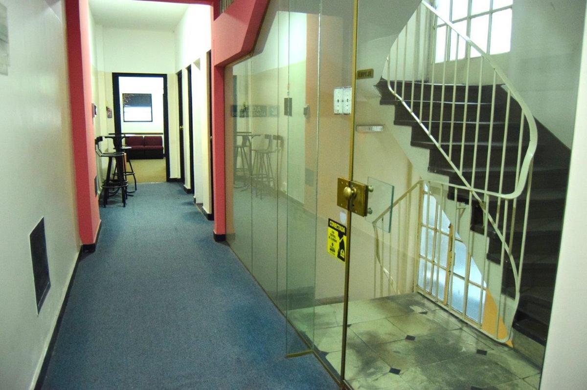 Foto Oficina en Venta |  en  San Nicolas,  Centro (Capital Federal)  Talcahuano al 300