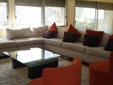 Foto Departamento en Venta en  Pocitos ,  Montevideo  Apartamento Venta 4 Dormitorios, Con Renta