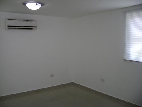Foto Oficina en Renta en  Cancún Centro,  Cancún  OFICINAS, PRIVADAS, ENTRE TULUM Y BONAMPAK
