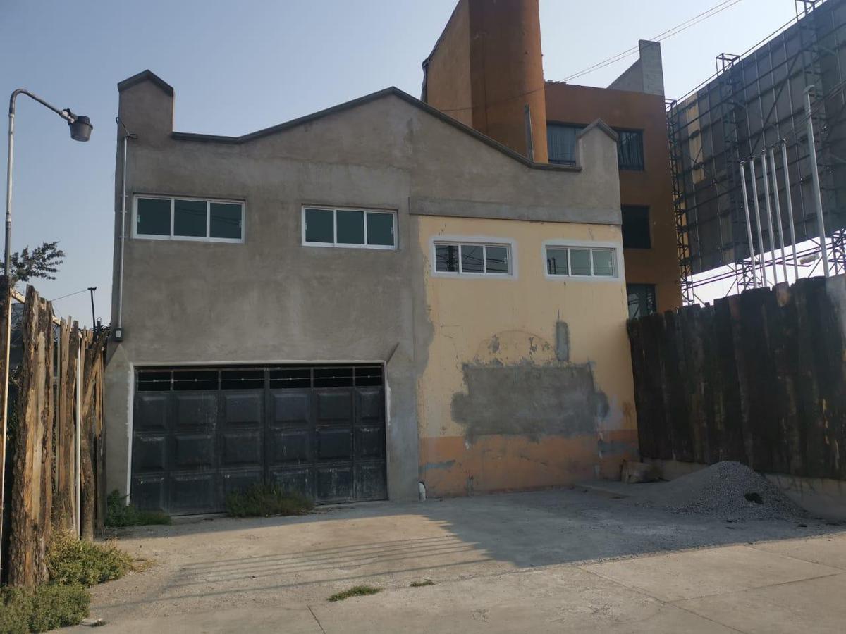 Foto Oficina en Renta en  Santa Ana TlapaltitlAn,  Toluca  RENTA PARA ESCUELA U OFICINAS TORRES CASI ESQUINA COMONFORT METEPEC