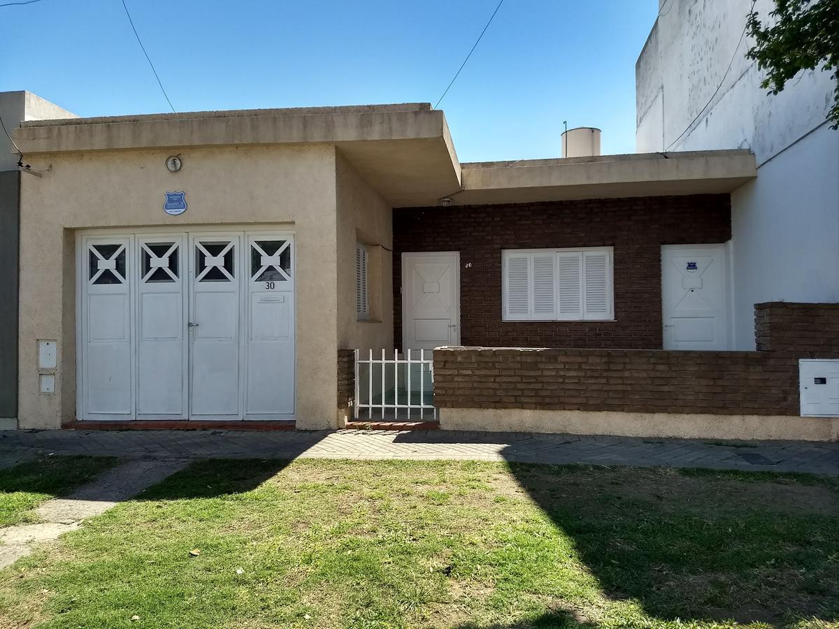 Foto Casa en Venta en  La Tablada,  Rosario  Virasoro 30