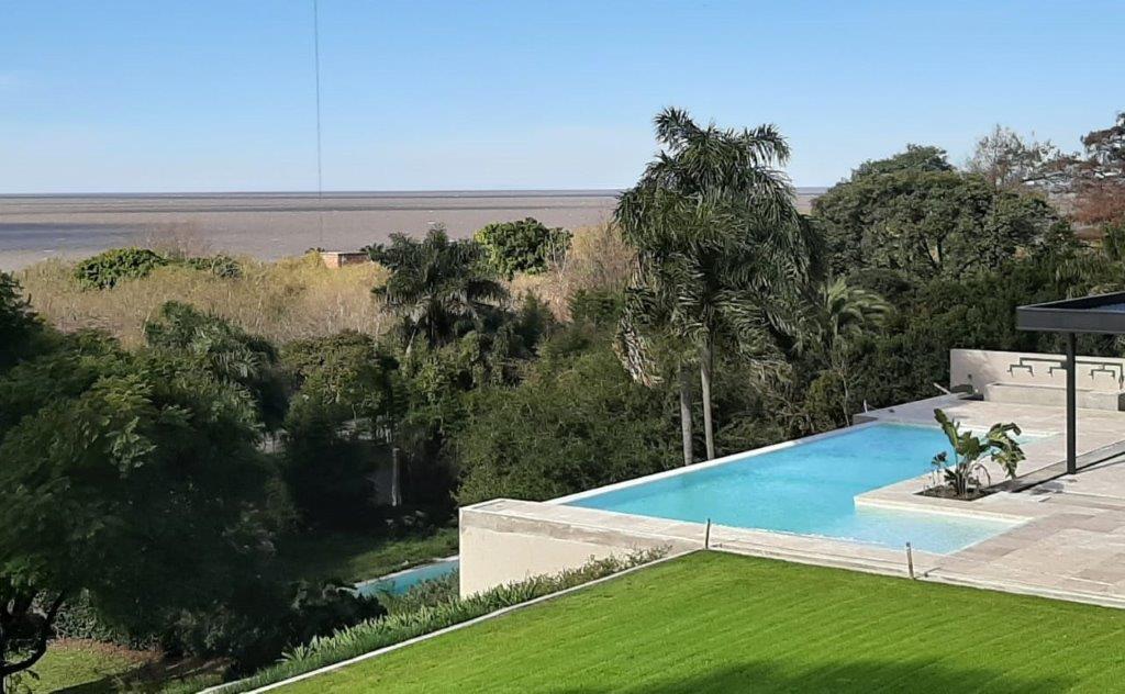 Foto Casa en Venta en  Mart.-Libert./Rio,  Martinez  Paso al 1400