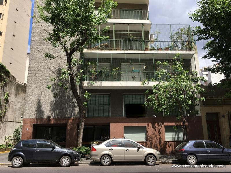 Foto Departamento en Venta en  P.Junta,  Caballito  YERBAL 556