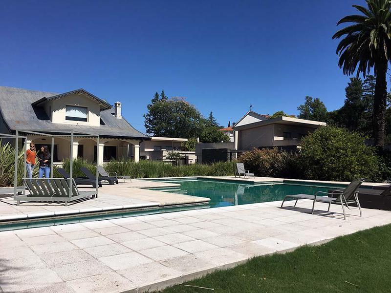 Foto Casa en Venta |  en  Villa Allende,  Cordoba Capital  Villa Pehuen
