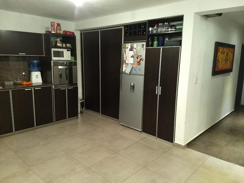 Foto Casa en Venta en  Siete Soles,  Cordoba Capital  Siete Soles - Casa con pileta !! 2 Dormitorios.