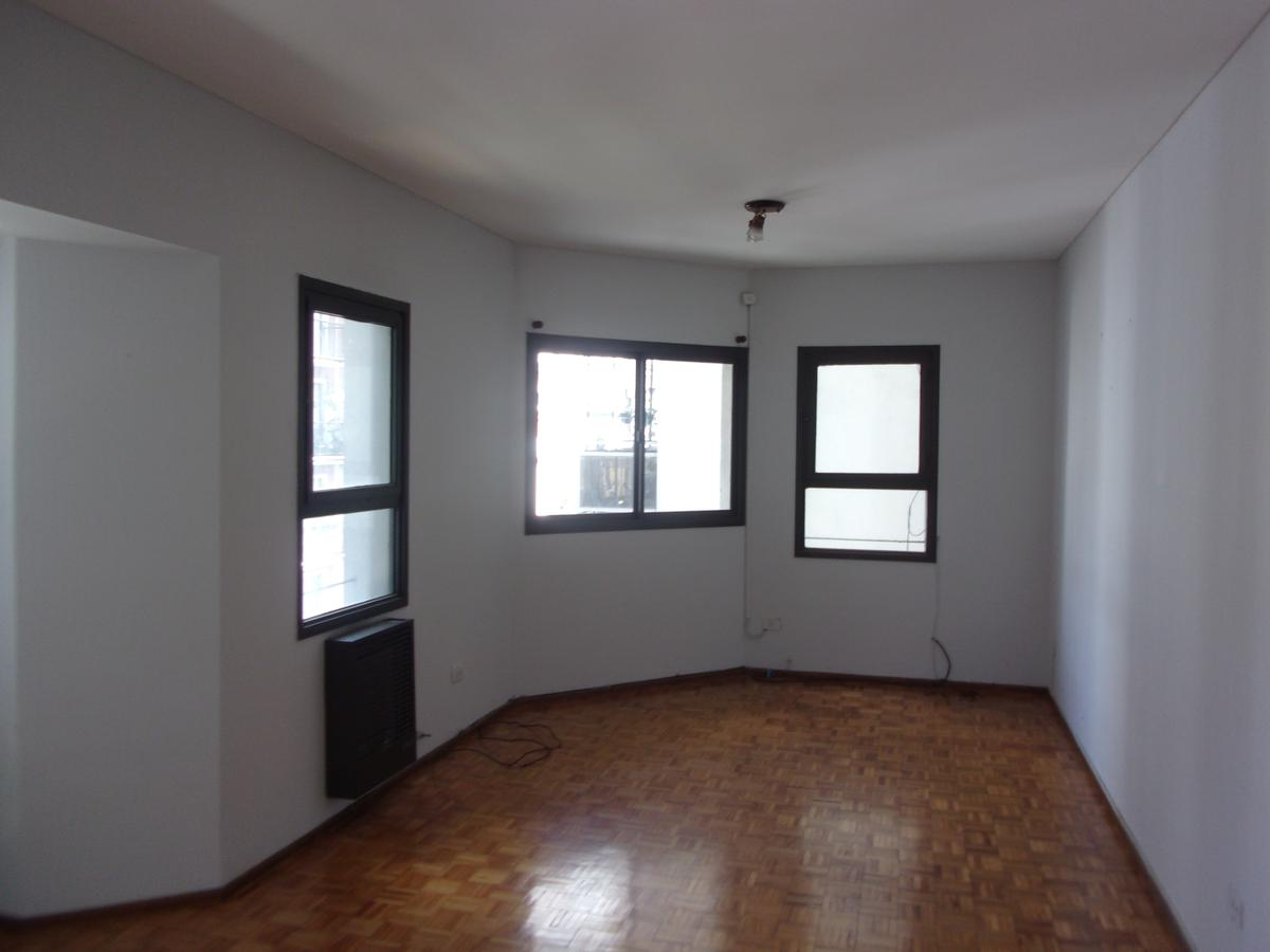 Foto Departamento en Alquiler en  Barrio Norte ,  Capital Federal  Talcahuano al 900