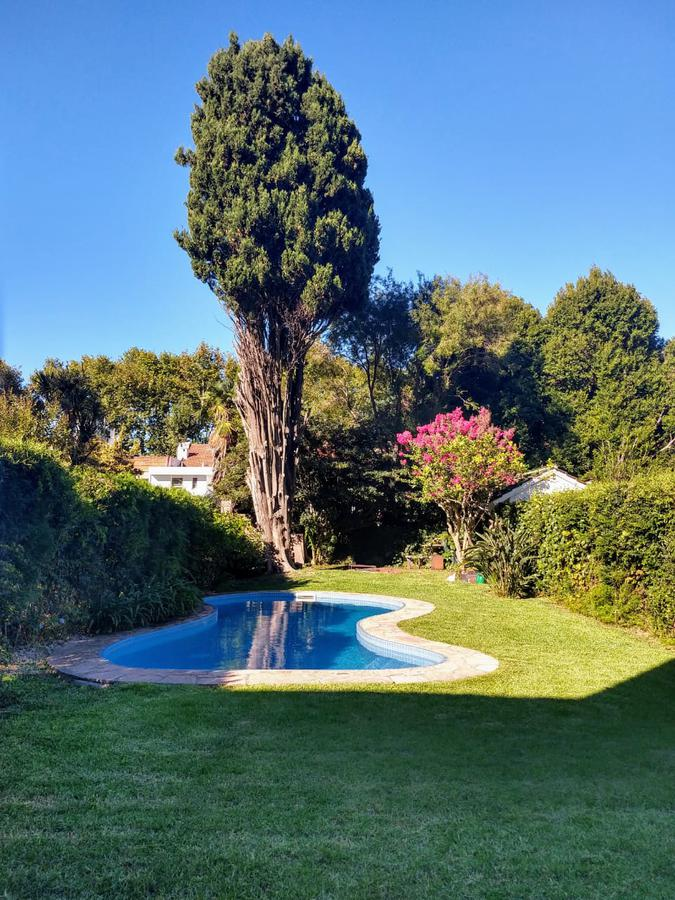 Foto Casa en Venta en  Olivos,  Vicente Lopez  Wineberg  al 2200