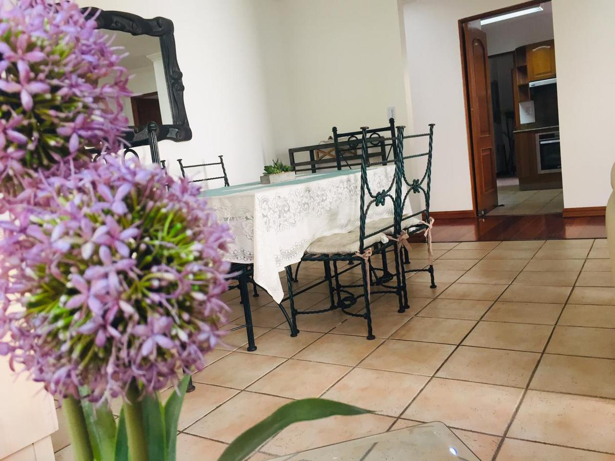 Foto Departamento en Renta en  Escazu ,  San José  Escazú / Penthouse /Full Amueblado / 3 habitaciones / Piscina