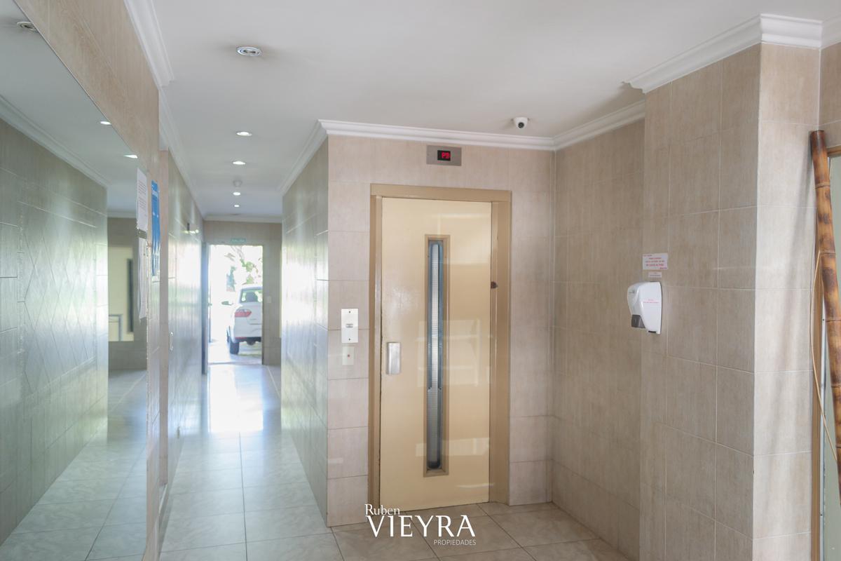 Foto Departamento en Venta en  Floresta ,  Capital Federal  Av. Avellaneda al 4000