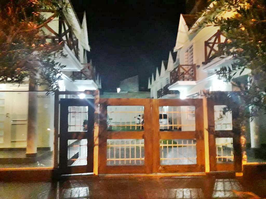 Foto PH en Venta en  San Bernardo Del Tuyu ,  Costa Atlantica  Amplios Duplex a 200 metros del mar !!!