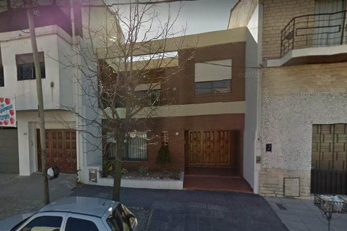 Foto Casa en Venta en  Piñeyro,  Avellaneda  Enttre Rios 1023
