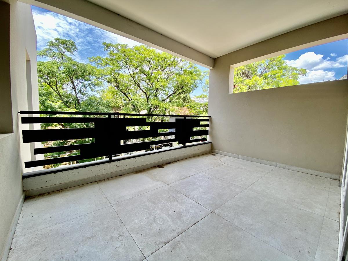 Foto Departamento en Venta en  San Isidro ,  G.B.A. Zona Norte  Almirante Brown al 300