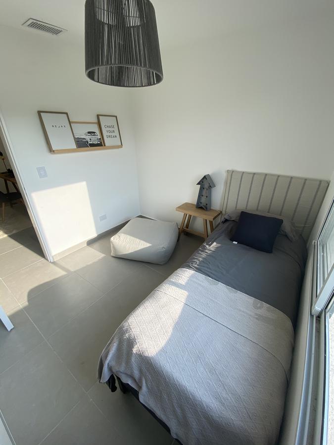 Foto Casa en Venta en  Tortuguitas,  Malvinas Argentinas  Los Lobos  800